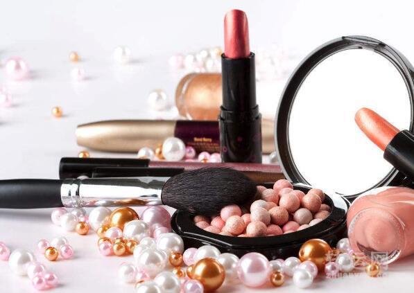 11月1日起日用品税率降低,化妆品更正为高档化妆品