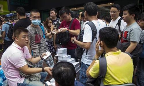 黄牛将iPhone X炒至2万,美国海淘转运更划算!