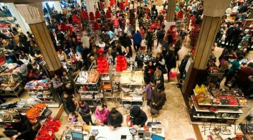 亚马逊派遣120,000名临时工为美国购物季
